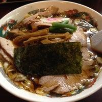 Photo taken at らーめんヒグマ 十日町店 by ♨しの☆しの♨ on 11/16/2014
