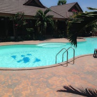 Photo taken at Golden Inn Villa by Wah on 5/16/2014