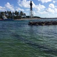 Photo taken at Hillsboro Inlet Lighthouse by Nikki on 10/11/2014