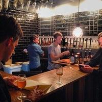 10/24/2013にMads J.がMikkeller Barで撮った写真