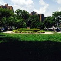 Das Foto wurde bei MacDonald Park von Caribbean Q. am 6/23/2014 aufgenommen