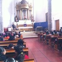 Foto tirada no(a) Parroquia de Azcapotzalco. por Hugo em 12/22/2012