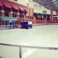 Photo taken at Silver Spring Ice Rink at Veterans Plaza by Andrew on 1/21/2013