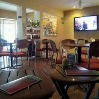 Foto tomada en Café Canela por Abraham L. el 10/19/2012