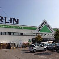Photo taken at Leroy Merlin Verona San Giovanni Lupatoto by Maxio75 on 9/24/2013