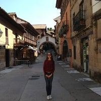 รูปภาพถ่ายที่ Plaza Mayor โดย Наталья เมื่อ 9/13/2013