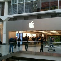 Photo taken at Apple Store by BaNe A. on 10/8/2012