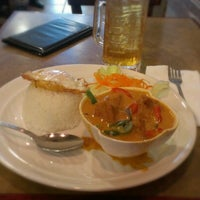 Photo taken at Lotus Thai Bistro by Ritzyl C. on 9/25/2012