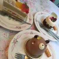 รูปภาพถ่ายที่ Anniversary 青山店 โดย Galette d. เมื่อ 10/3/2015