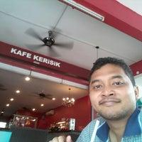 Photo taken at Cafe Kerisik by Megat K. on 10/21/2012
