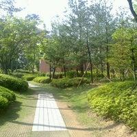 Photo taken at 매봉공원 by Woojoo J. on 6/2/2013