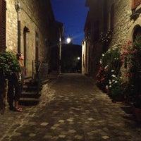 Foto scattata a La Rocca Dei Malatesta da nettlef il 8/17/2013