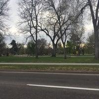 Das Foto wurde bei City Park Fields von Stephen H. am 4/16/2017 aufgenommen