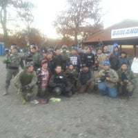 Foto tirada no(a) Badlandz Paintball Field por Javier C. em 11/9/2013