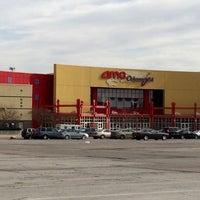 Photo taken at AMC Oakview Plaza 24 by Bruce C. on 12/3/2014