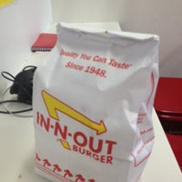 Photo taken at In-N-Out Burger by Mark on 10/11/2012