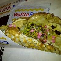 รูปภาพถ่ายที่ WaffleStop โดย Soner B. เมื่อ 2/28/2013