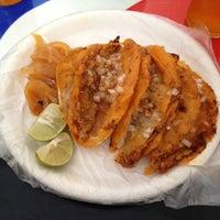 Foto tomada en Tacos Juan por Aida Enriqueta Z. el 10/12/2012