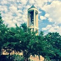 รูปภาพถ่ายที่ DSC Bell Tower โดย Jackson R. เมื่อ 7/17/2014
