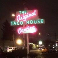 11/16/2013 tarihinde Chris Alan J.ziyaretçi tarafından Original Taco House'de çekilen fotoğraf