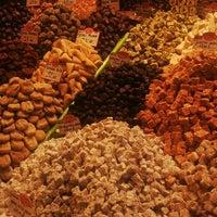 Foto tirada no(a) Spice Bazaar-Egyptian Bazaar por Sibel B. em 5/8/2013