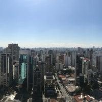 Foto tirada no(a) Facebook Brasil por qwertney em 5/12/2017