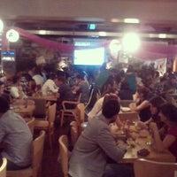 9/15/2012 tarihinde Özlem A.ziyaretçi tarafından Thales Bistro'de çekilen fotoğraf