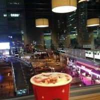 Photo taken at Starbucks by sohei on 11/8/2012