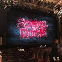 Das Foto wurde bei Winter Garden Theatre von Sam M. am 7/10/2017 aufgenommen