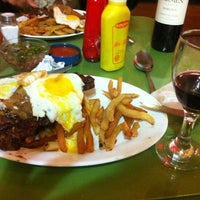 Photo taken at Restaurant La Motoneta by Leonardo on 11/30/2012