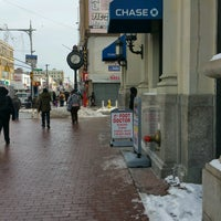Photo taken at Chase Bank by ♥Curtis R. on 1/10/2017