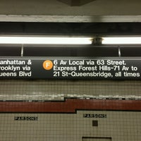 Photo taken at MTA Subway - Parsons Blvd (F) by ♥Curtis R. on 1/24/2017