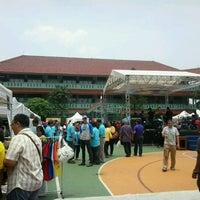 Foto diambil di SMAN 34 Jakarta oleh Awin pada 10/20/2012