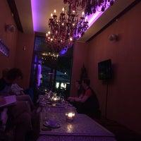 Das Foto wurde bei IMARA Restaurant Bar Lounge von Melanie H. am 10/3/2014 aufgenommen