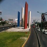 Foto tomada en Torres de Satélite por Joe el 9/22/2012
