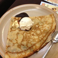 Photo taken at La Compagnie des Crêpes by Asude on 2/15/2013