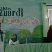 Photo taken at SMA Lazuardi GIS by Osmaili N. on 4/12/2013