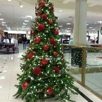 Foto diambil di Nordstrom Tacoma Mall oleh Aeja pada 12/14/2012