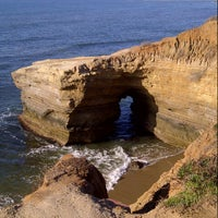 Foto scattata a Sunset Cliffs Natural Park da Arina D. il 1/31/2013