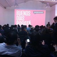 Foto tomada en Labloom Escuela de Fotografia y Artes Visuales por mauricio s. el 5/31/2013