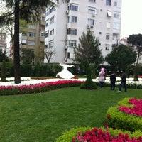 4/14/2013 tarihinde Suna K.ziyaretçi tarafından Göztepe 60. Yıl Parkı'de çekilen fotoğraf