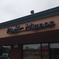 Photo taken at Pho Mignon by Gene D. on 10/16/2013
