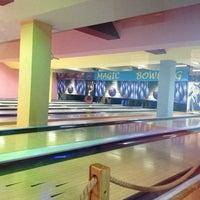 Photo taken at Magic Bowling by Anne L. on 10/10/2014