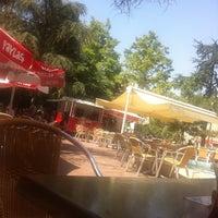 9/15/2012 tarihinde Eren !!!ziyaretçi tarafından Şık Kahve & Vitamin'de çekilen fotoğraf