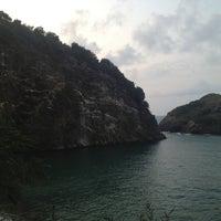 Photo taken at Hoynat Adası by Ugur K. on 8/17/2013
