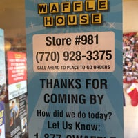 Photo taken at Waffle House by Lindsay S. on 12/23/2016
