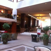 Photo taken at Washington Court Hotel by Pınar Kone on 12/22/2012