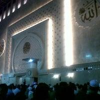 Photo taken at Masjid Istiqlal by Alek K. on 7/29/2013