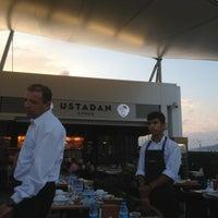 7/21/2013 tarihinde Mikail Y.ziyaretçi tarafından Ustadan Döner'de çekilen fotoğraf