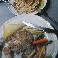 Photo taken at Steak ลุงหนวด ซอยประดิพัทธิ์ 18 by cookienatty C. on 9/22/2012
